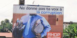 """""""Ne donne pas ta voix à la corruption"""" : le slogan de campagne du RHDP, en 2010, devenu un voeu pieux"""