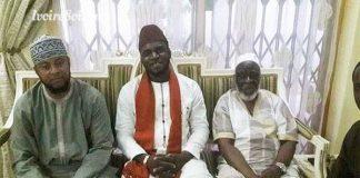 L'imam Aguib Touré posant ici à côté du cheick Boikary Fofana, président du Cosim