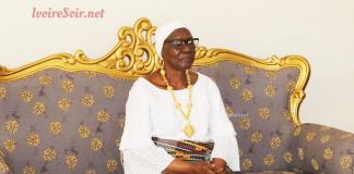 Sa majesté Akoua Boni II, Reine des Baoulé