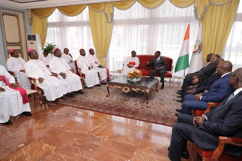 lassane Ouattara, a échangé le 19 février 2020 avec les Évêques catholiques de Côte d'Ivoire conduite par Jean-Pierre Cardinal Kutwa.