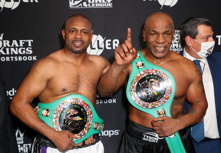Boxe : Mike Tyson et Roy Jones Jr. n'ont pas fait semblant !